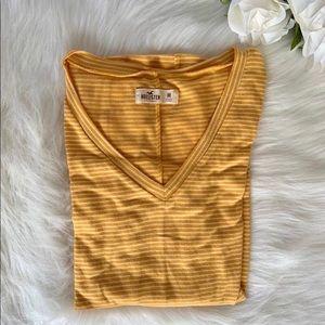 Hollister long sleeve tee shirt